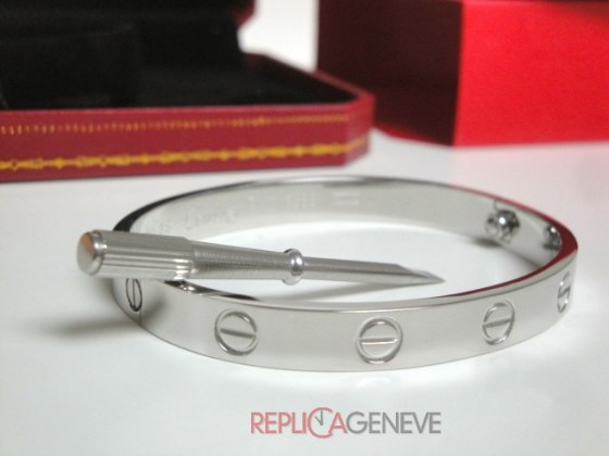 19replica cartier gioielli bracciale love cartier replica anello bulgari