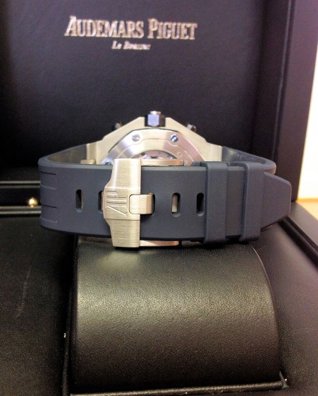 Audemars Piguet replica Royal Oak Offshore 26470ST Navy-2