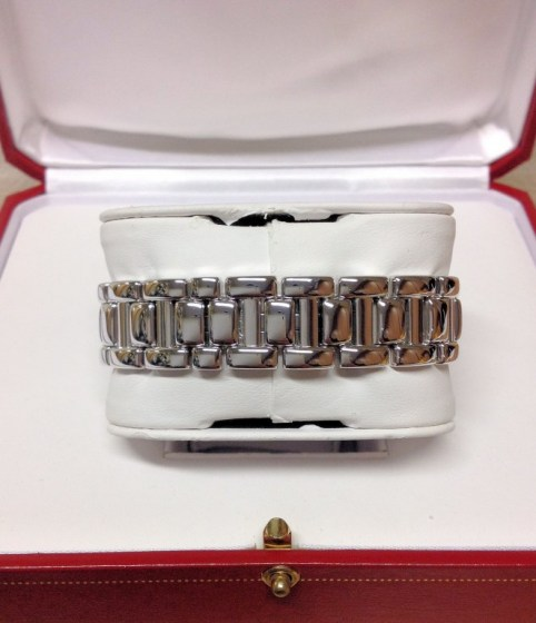 Cartier replica Pasha WJ1111M9 33mm White Gold216