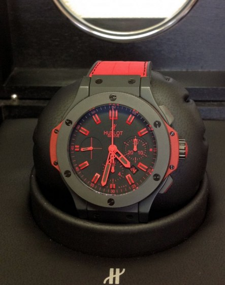 Hublot replica Big Bang 44mm 301.CI.1130.GR All Black Red3
