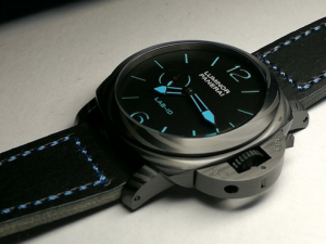 Panerai replica Lab-ID Luminor 1950 Carbotech PAM700b