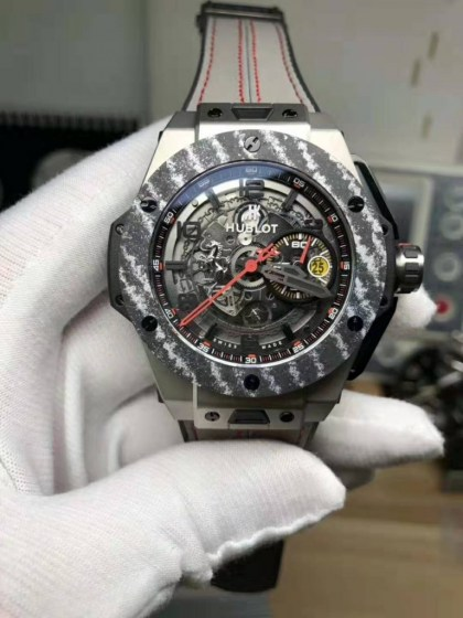 REPLICA HUBLOT BIG BANG FERRARI TITANIUM CARBON BEZEL WITH ASIA VALJOUX 77502