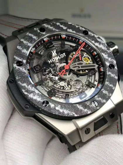 REPLICA HUBLOT BIG BANG FERRARI TITANIUM CARBON BEZEL WITH ASIA VALJOUX 77504