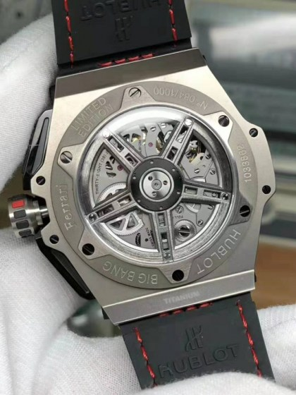 REPLICA HUBLOT BIG BANG FERRARI TITANIUM CARBON BEZEL WITH ASIA VALJOUX 77507