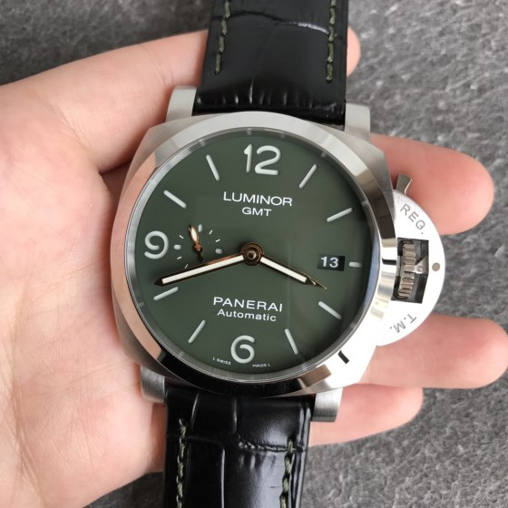 Replica Panerai PAM 1056 Luminor GMT with Super Clone P.9010-2