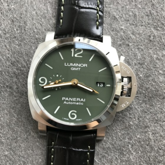 Replica Panerai PAM 1056 Luminor GMT with Super Clone P.9010-4