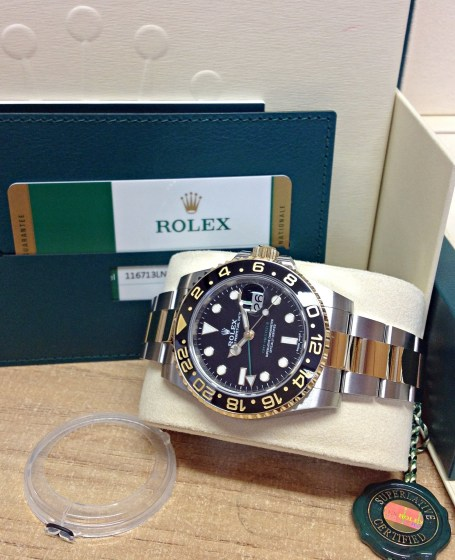 Rolex replica GMT Master II 116713LN Bi:Colour5
