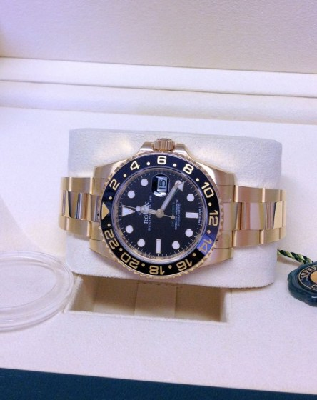 Rolex replica GMT Master II 116718LN Gold2