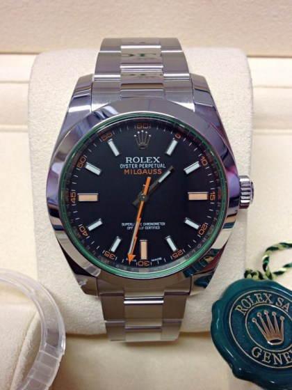 Rolex replica Milgauss 116400GV Black Dial Green Glass3