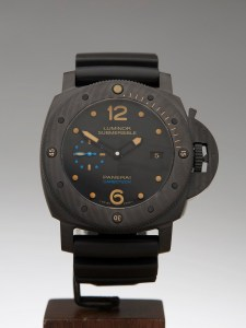 panerai submersible carbotech replica